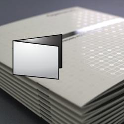 2xa6 orrizontale con 1 piega (chiuso 105x148,5 mm)